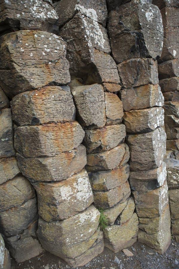 Basaltsäulen an der riesigen ` s Damm in Nordirland lizenzfreies stockbild