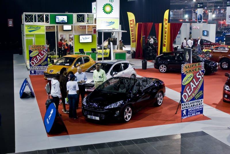 Basamento di mostra della Peugeot - MPH immagini stock libere da diritti