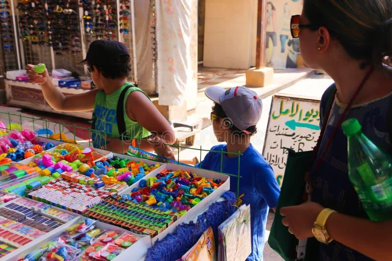 basar med örter och kryddor i Aswan fotografering för bildbyråer