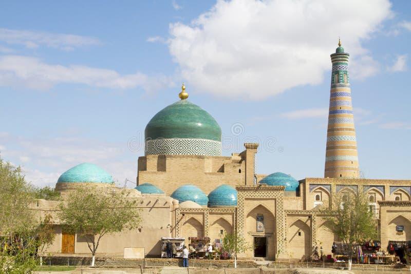 Basar på väggarna av den arkitektoniska helheten av islam Khoja royaltyfri fotografi