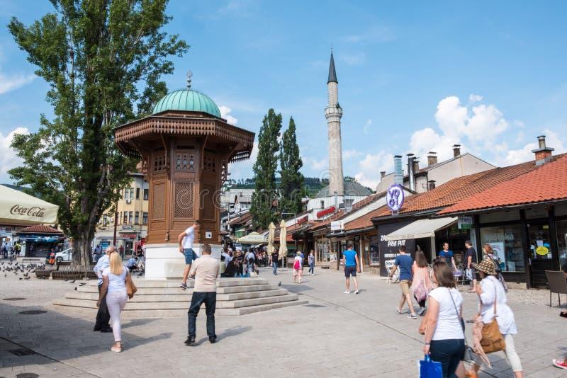 """Bascarsija †""""den gamla basaren i Sarajevo Bosnien och Hercegovina på Juli 12 2017 royaltyfri bild"""