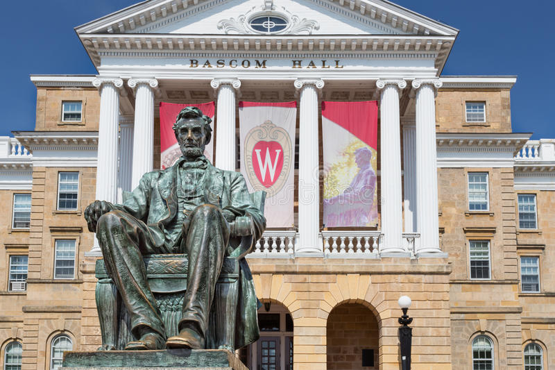 Bascom Corridoio sulla città universitaria dell'università di Wisconsin-Madison fotografie stock