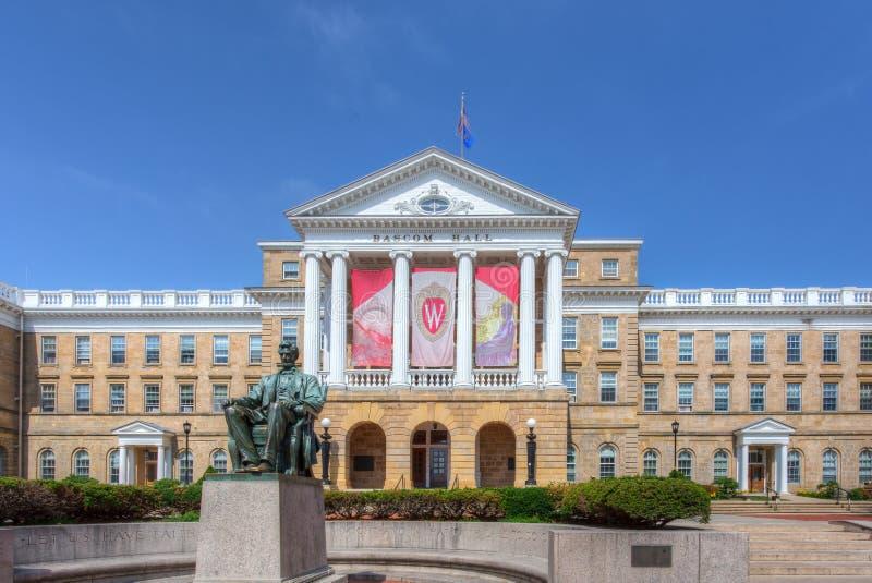 Bascom Hall på universitetsområdet av universitetet av Wisconsin-Madison arkivbilder