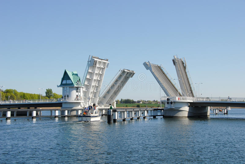 Download Bascule bridge stock photo. Image of bridge, bascule - 18167616