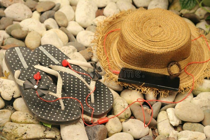 Bascules en caoutchouc avec l'été d'accessoires photos libres de droits