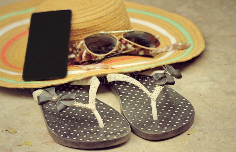Bascules en caoutchouc avec l'été d'accessoires photo libre de droits