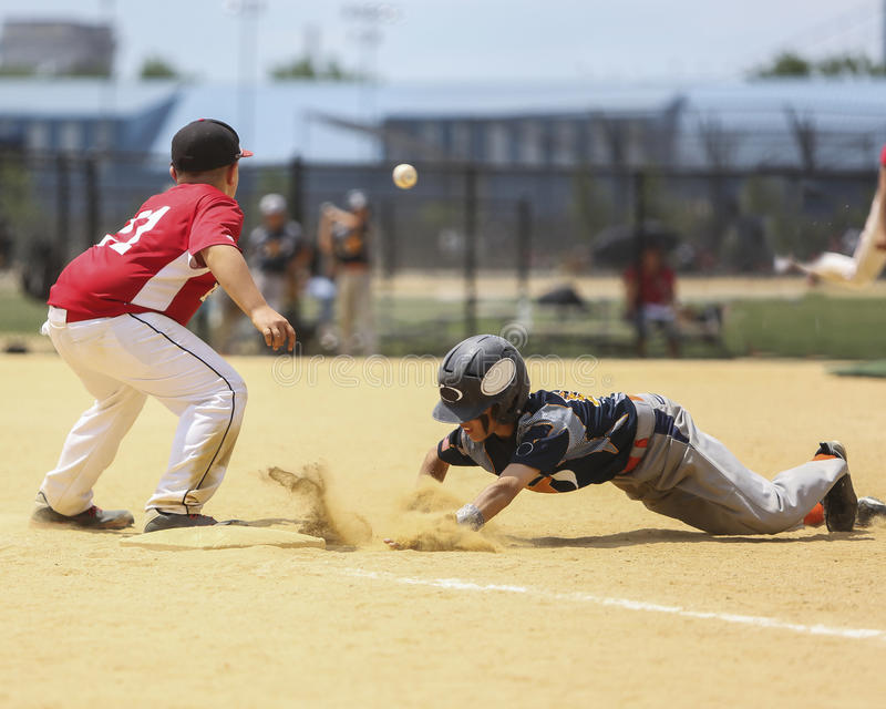 Base-ball de petite ligue photo libre de droits