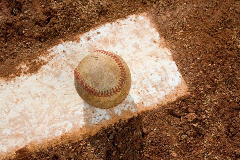 Base-ball sur le caoutchouc de tangage image libre de droits