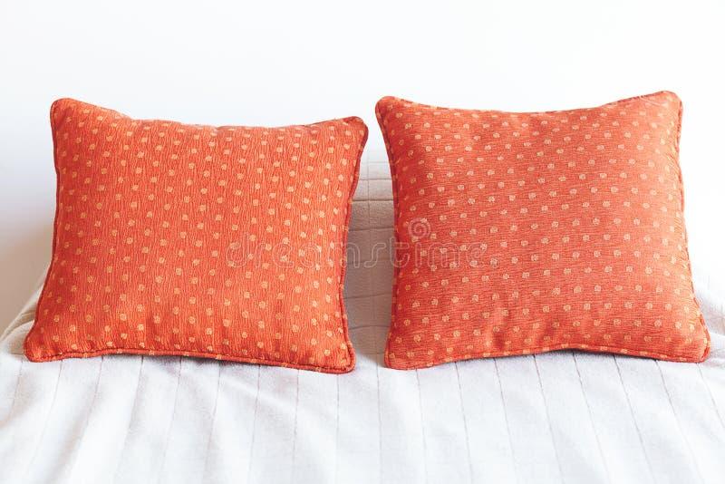 Base con due cuscini immagini stock libere da diritti