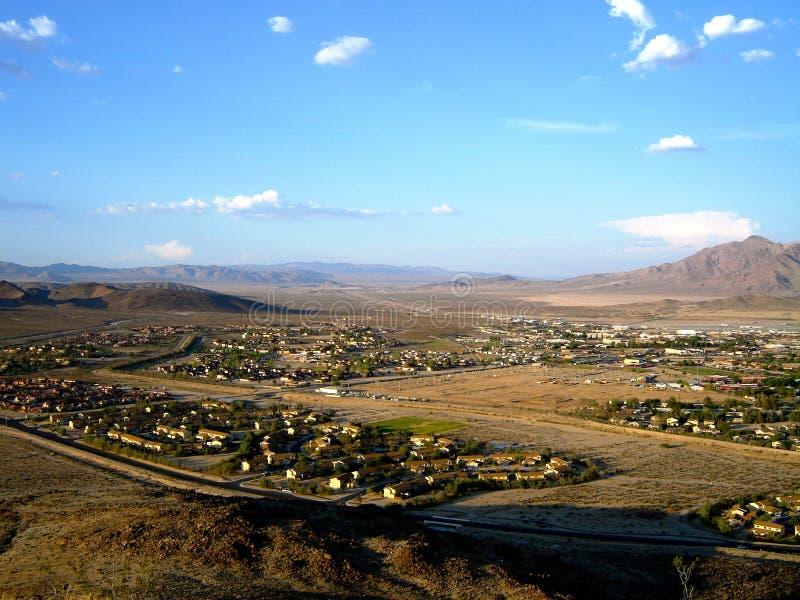Base dell'esercito forte di Irwin - con il fondo della montagna immagine stock libera da diritti