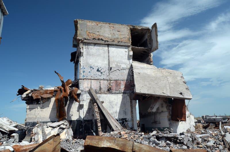 Base militare sovietica abbandonata su Asia centrale immagini stock libere da diritti