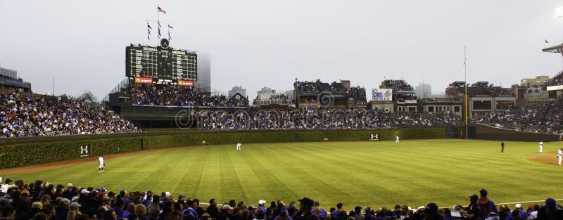 Baseball - Chicago Cubs - Wrigley stellen Außenfeld auf stockfotos