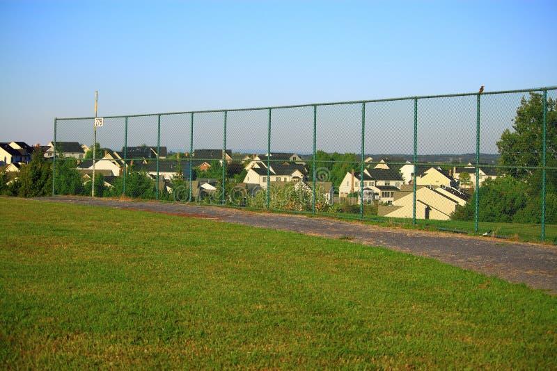 Baseball-Feld-Zaun lizenzfreies stockbild