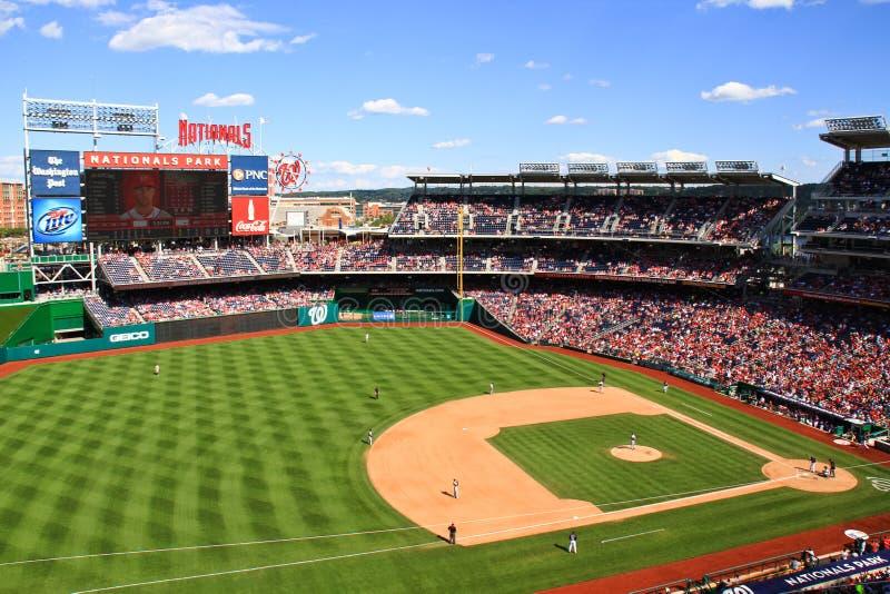 Baseball - härlig Park för sommardagmedborgare arkivbild