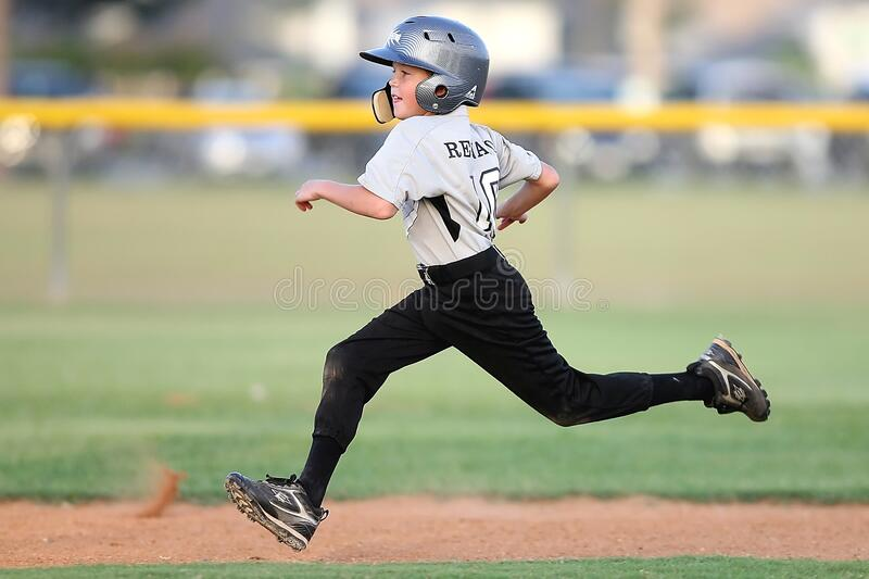 Baseball Player In Gray And Black Uniform Running Free Public Domain Cc0 Image