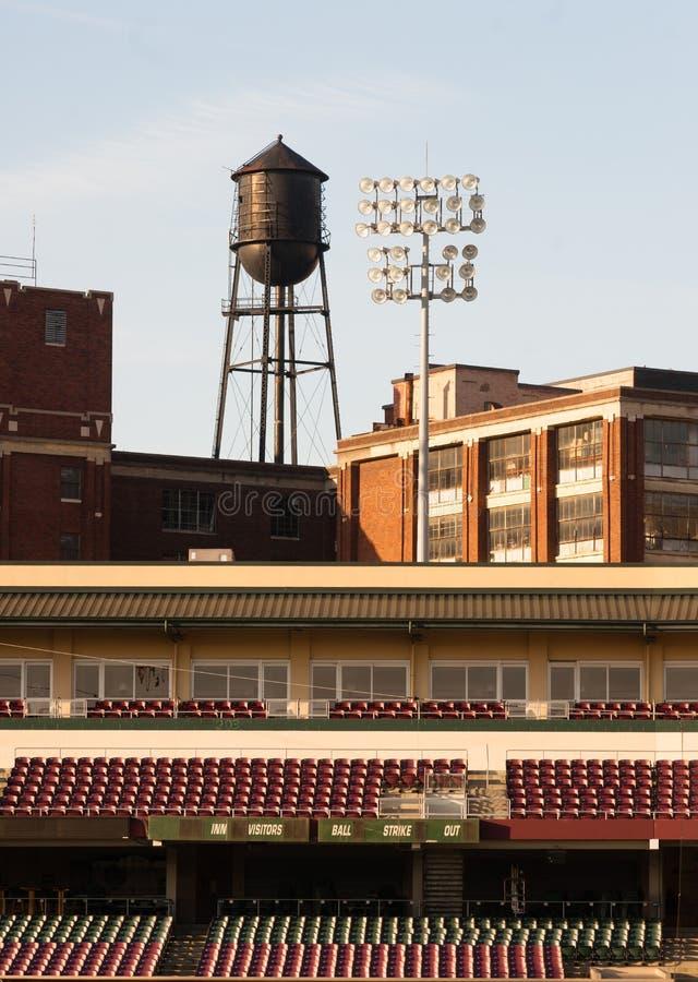 Baseball-Stadions-Unterliga-Sport-Baseballteam stockfoto