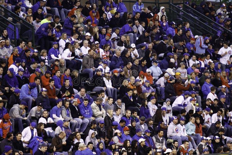 Baseball - w Błękit Wierni Wrigley Fan fotografia royalty free