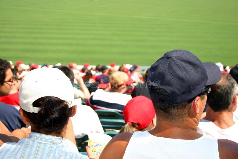 baseballfolkmassa royaltyfri bild