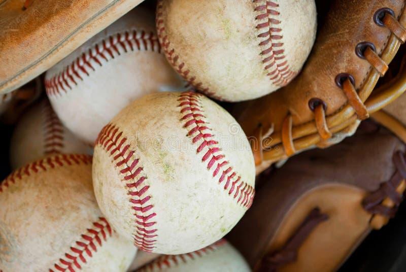 baseballs γάντια κινηματογραφήσεων σε πρώτο πλάνο στοκ εικόνες με δικαίωμα ελεύθερης χρήσης