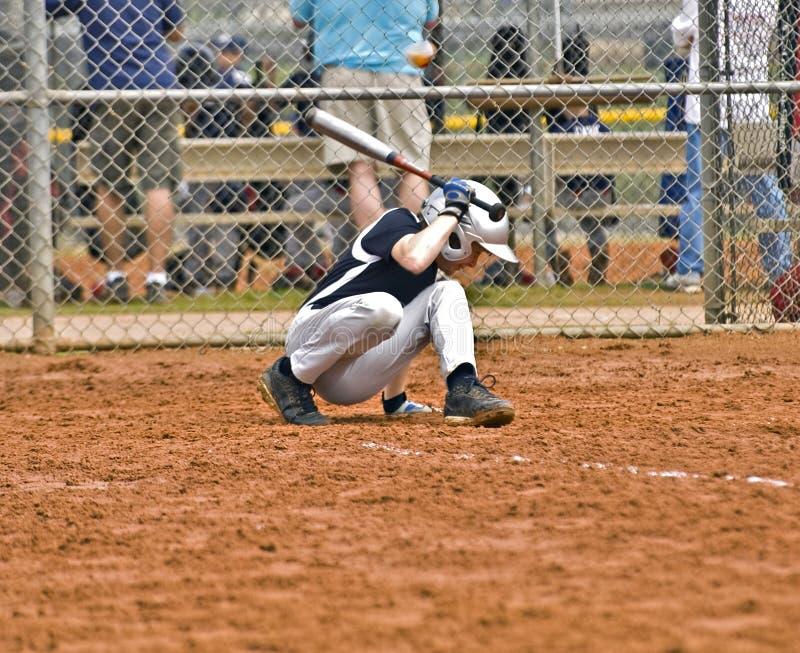 baseballsmetpojke arkivfoton