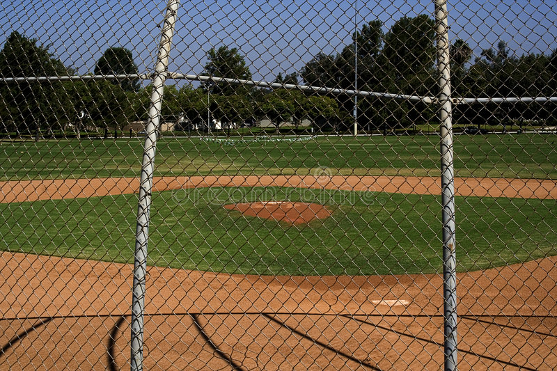 Baseballstadion des Kleinkindes stockfoto