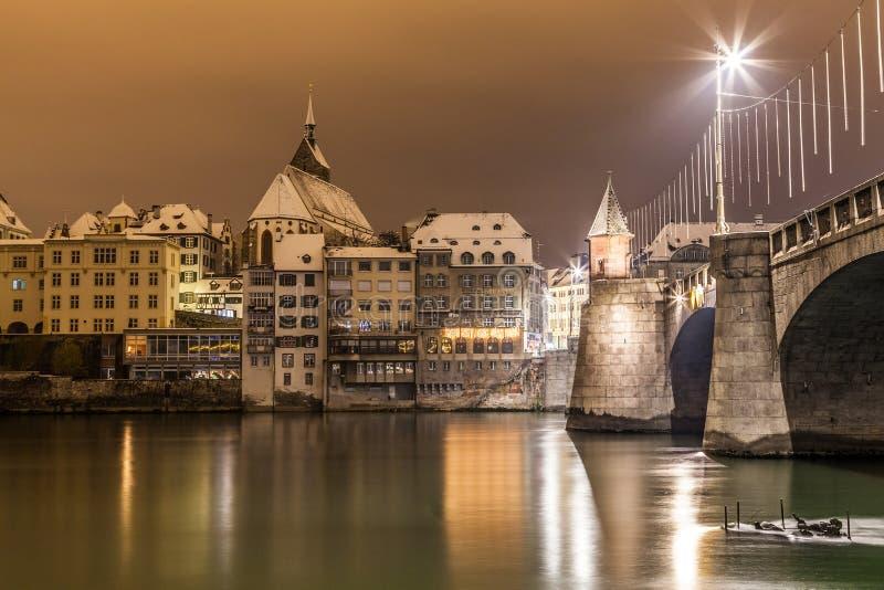 Basel Lakefron i Mittlere Brucke most zdjęcie royalty free