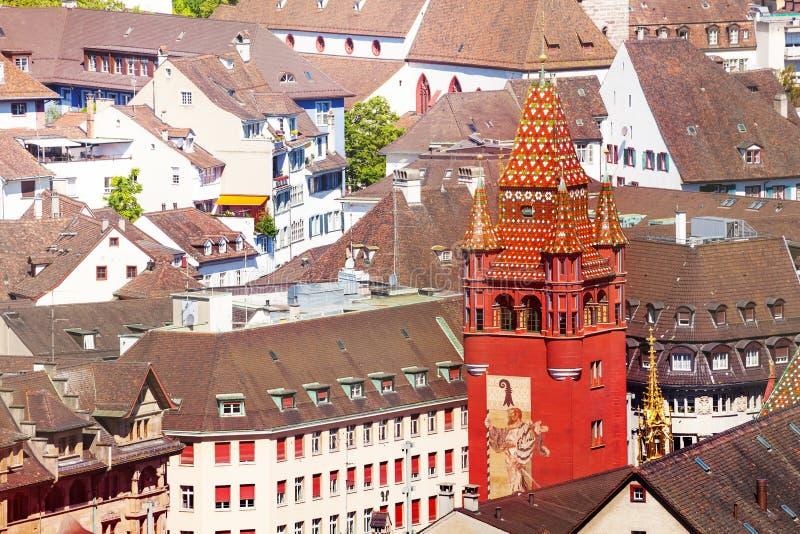 Basel-Stadtbild mit Rathaus-Turm, die Schweiz stockbild
