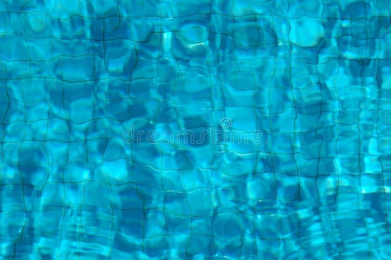 basen jest pod wodą tafluje obraz stock