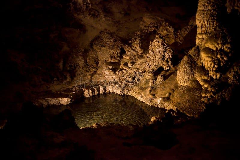 Basen & stalagmity W Karlsbadzkich Caverns obrazy royalty free