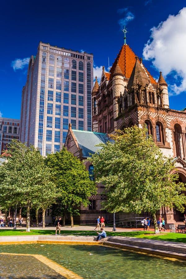 Basen wody i trójcy kościół przy Copley kwadratem w Boston, Ma obrazy royalty free