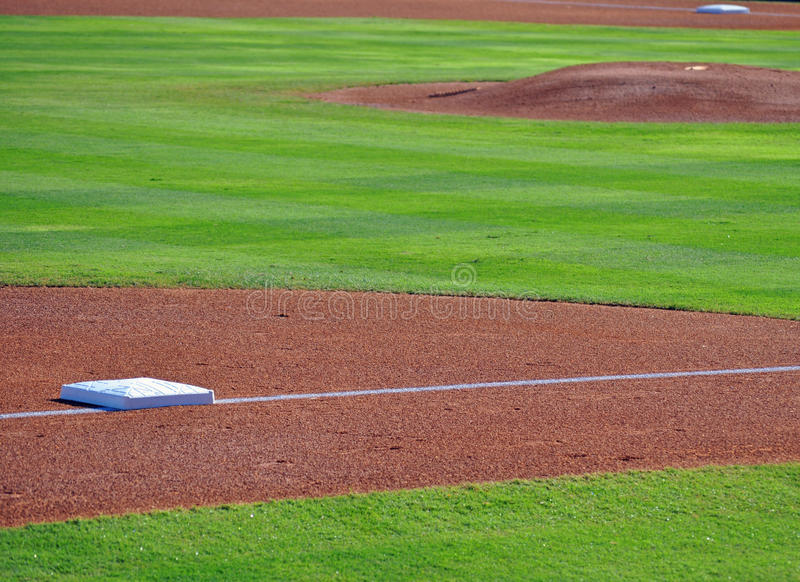 Download Bases and pitchers mound stock photo. Image of dirt, mound - 15784668