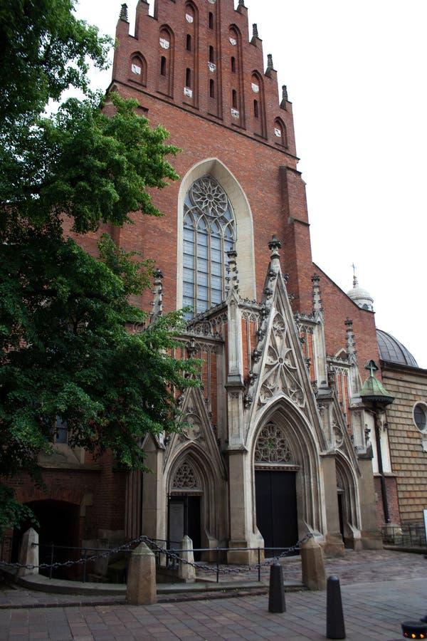 Basilica dell'entrata della costruzione della trinità santa immagine stock