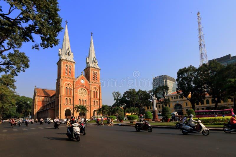 Basilica della cattedrale di Notre-Dame di Saigon immagine stock