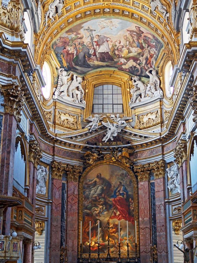 Basilica della chiesa dei san Ambrose e Charles Borromeo, Roma, Italia fotografie stock libere da diritti
