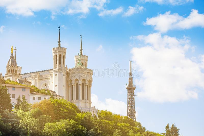 Basilica di Notre Dame de Fourviere in Vieux Lione fotografia stock