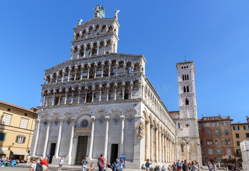 Basilica di San Michele in foro a Lucca L'Italia fotografie stock libere da diritti