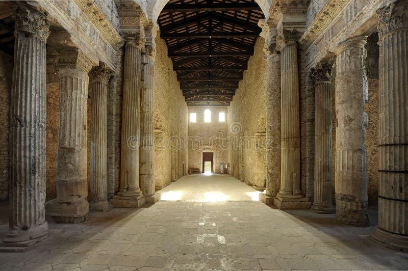 Basilica di San Salvador Spoleto fotografía de archivo