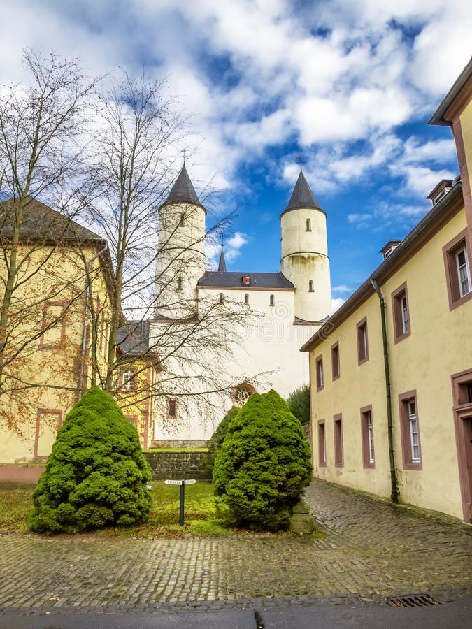 Basilica di Steinfeld, vista esteriore parziale, a Steinfeld in Kall, Renania settentrionale-Vestfalia, Germania fotografie stock libere da diritti