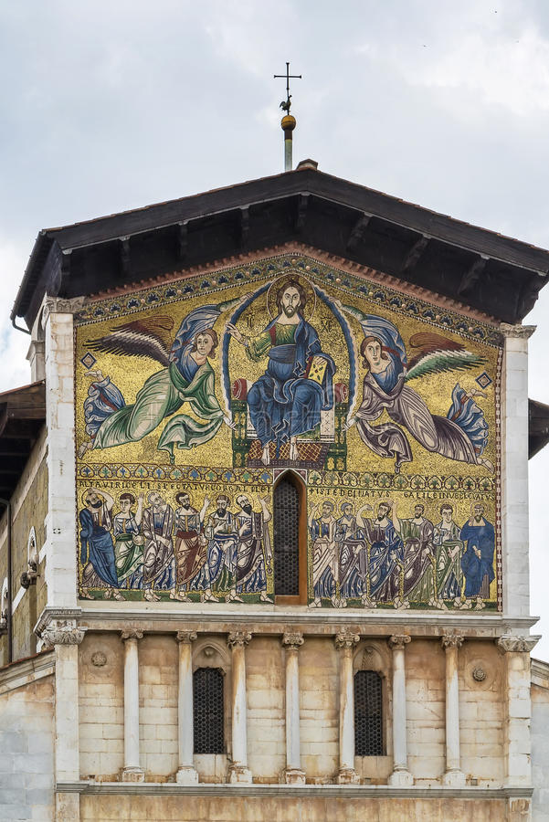 Basilica of San Frediano, Lucca, Italy royalty free stock photos