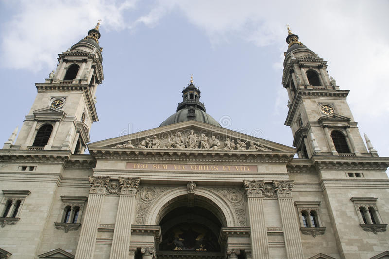 basilicabudapest hungary s st stephen arkivfoton