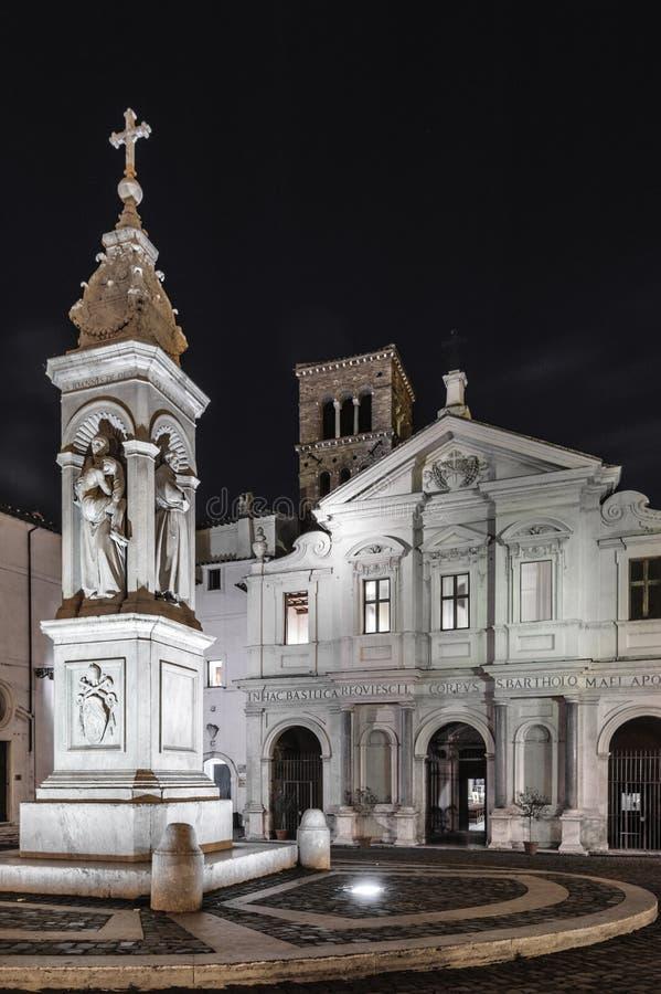 BasilicaSt Bartholomew sull'isola, isola del Tevere, Roma immagini stock libere da diritti