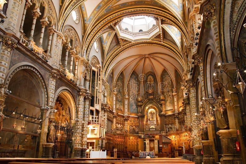 Basiliek bij het Montserrat Klooster, Spanje stock afbeelding