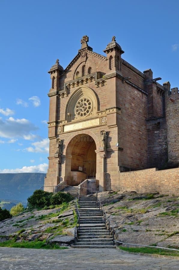 Basiliek dichtbij het Kasteel van Xavier Castillo de Javier stock fotografie