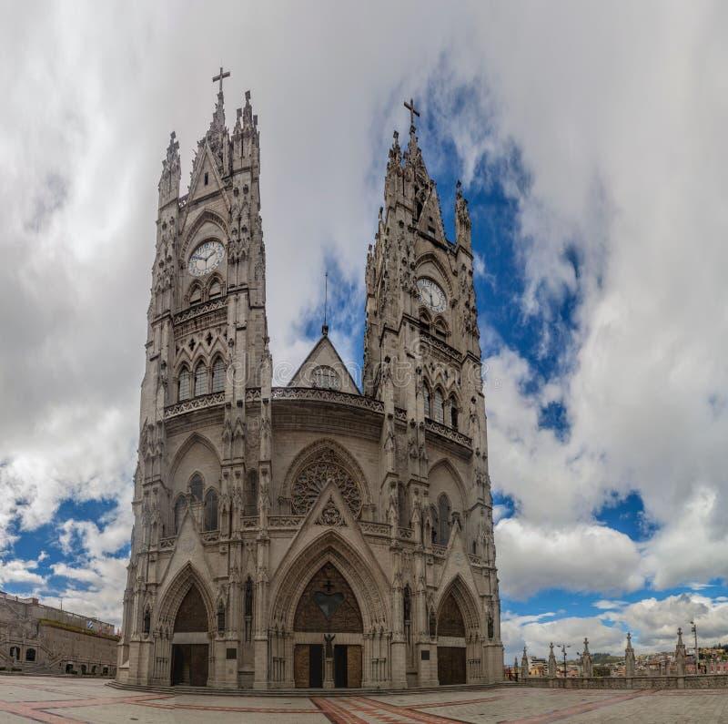 Basiliek van de Nationale Gelofte in Quito royalty-vrije stock foto