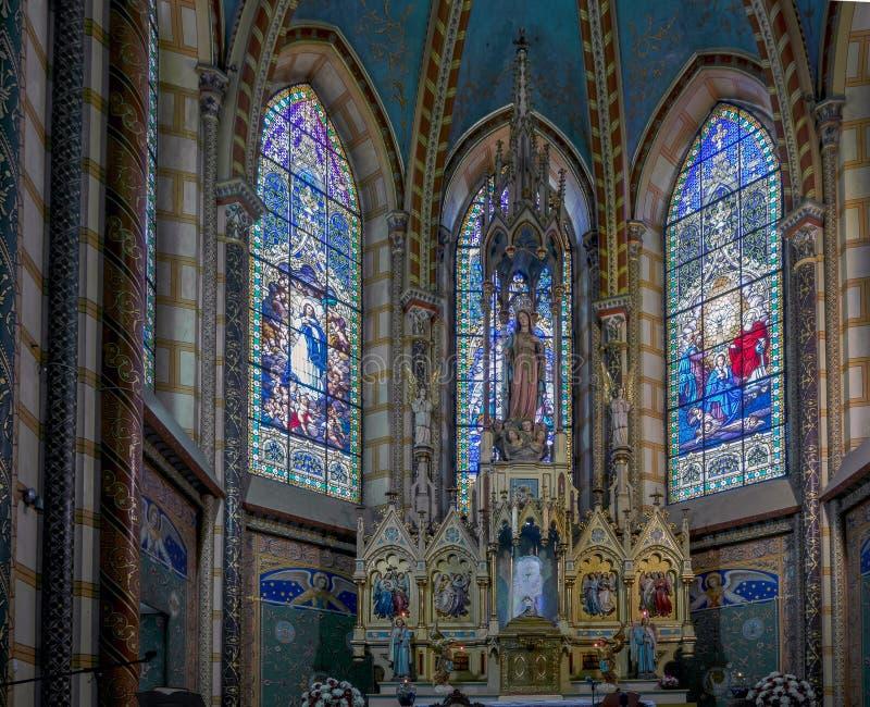 Basiliek van de Nationale Gelofte in Quito, Ecuador stock fotografie