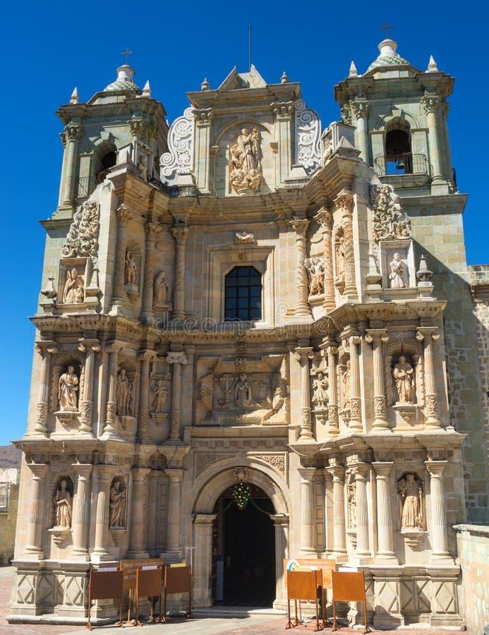 Basiliek van Onze Dame van Eenzaamheid in Oaxaca DE Juarez, Mexico stock afbeelding