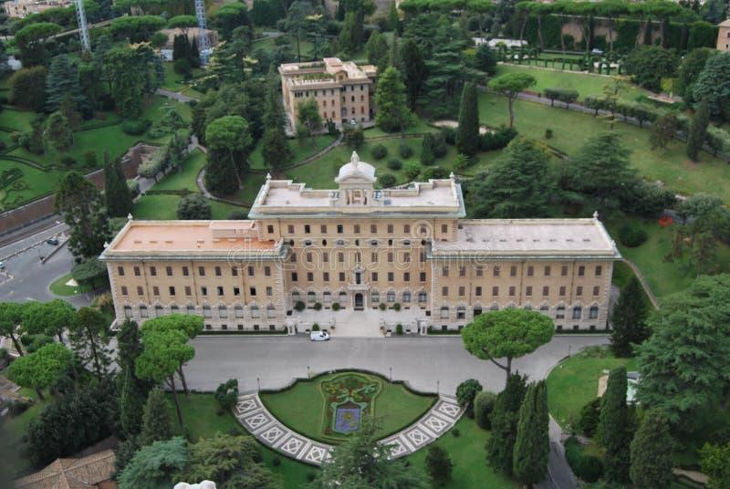 Basiliek van San Pietro in de stad van Vatikaan in Rome stock fotografie