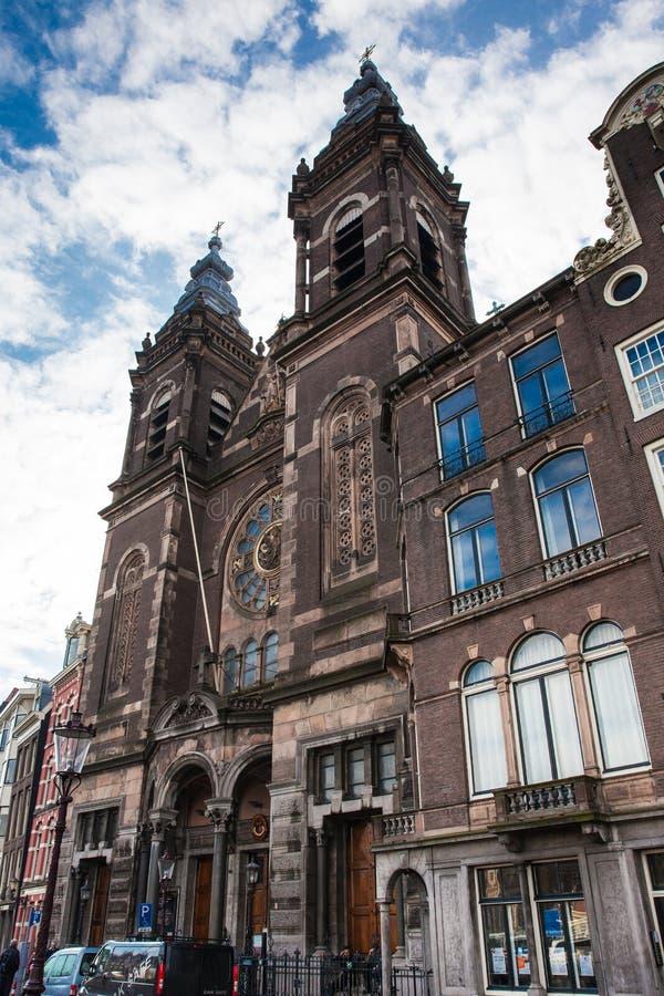 Basiliek van Sinterklaas bij het Oude Centrumdistrict in Amsterdam stock foto's