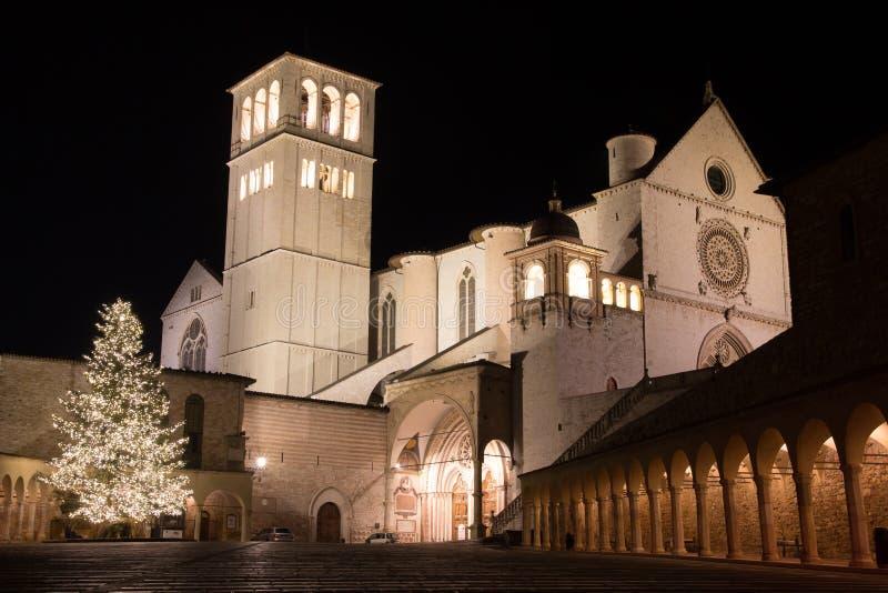 Basiliek van St Francis in Assisi in Kerstmistijd stock afbeeldingen