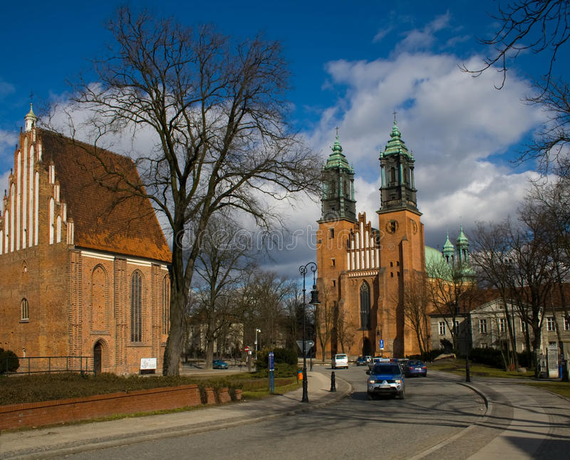 Basiliek van St. Peter en St. Paul in Poznan stock fotografie